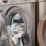 Jak vyčistit octem pračku?