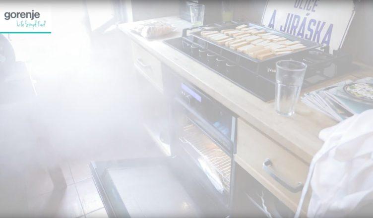 parni-trouba-v-kuchyni